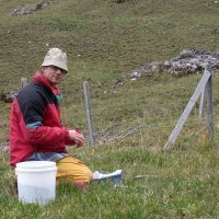 Urs A. Treier, field work in the Swiss Alps (Sangernboden, FR)